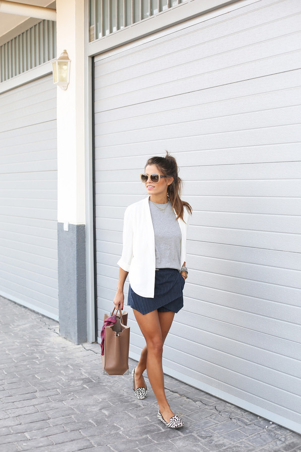 seams for a desire blogger bag sunglasses jewels blouse jacket shoes skirt shorts navy blue blue shorts