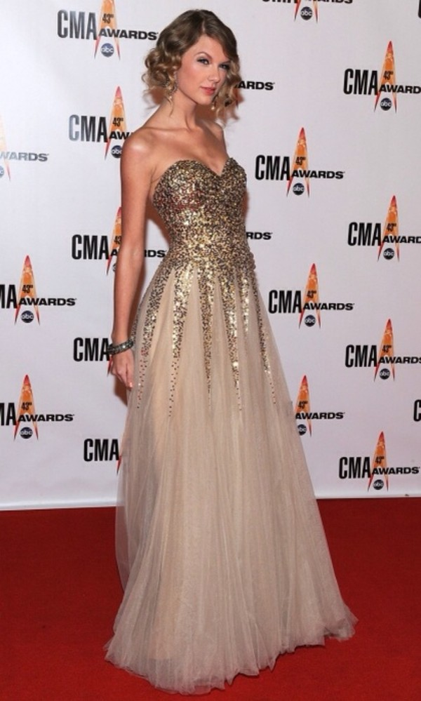 dress sequins gown taylor swift sweethearts classy