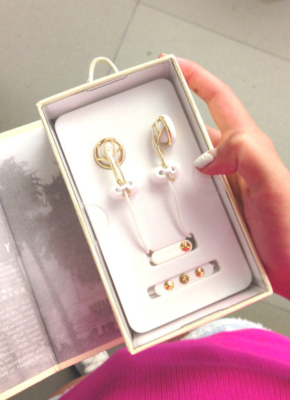 jewels headphones gold white studs