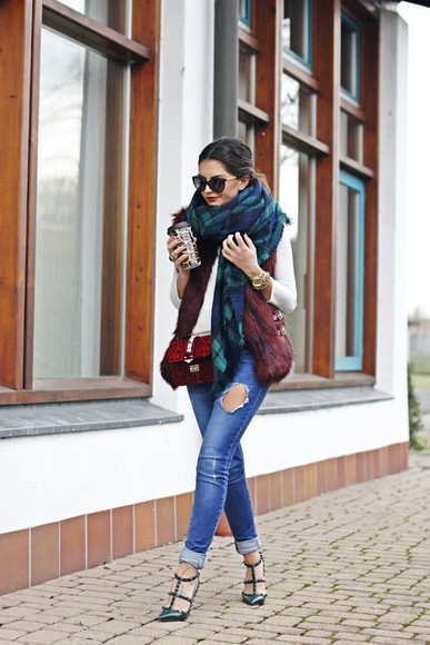 leopard print coat jacket blogger bag fashionhippieloves blouse scarf sunglasses jewels tartan ripped jeans