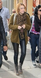 sweater,fuzzy sweater,fluffy,cardigan,coat,miley cyrus,nirvana