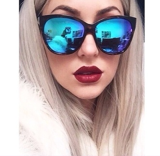 sunglasses sunnies sunnies sunglasses black vintage sylish blue blue sunglasses shades cute cool girl summer hipster vintage clothes gorgeous women stylish style trendy beautiful pretty instagram back to school valentine's day gifts weheartit holiday gift blogger fashionista chill rad on point clothing alternative