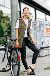 bag,tumblr,black bag,round bag,vest,t-shirt,white t-shirt,leggings,black leggings,leather leggings,mules,shoes