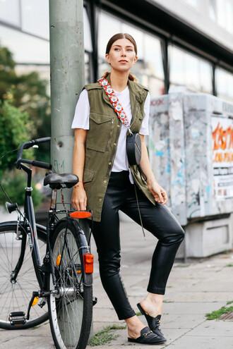 bag tumblr black bag round bag vest t-shirt white t-shirt leggings black leggings leather leggings mules shoes