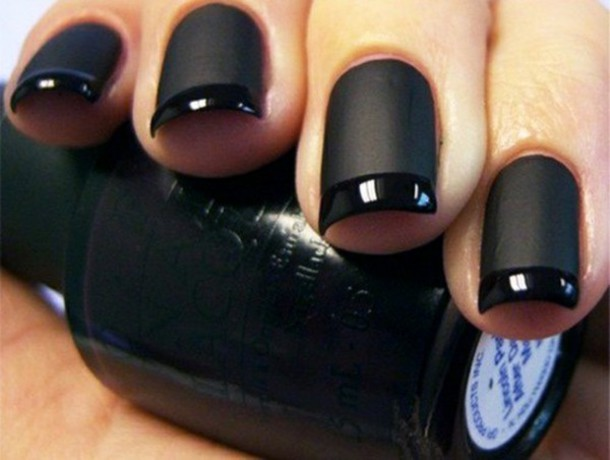 jewels nail polish black mat