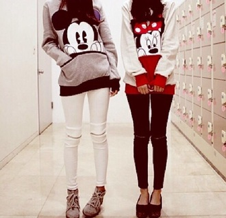 sweater white red mickymouse minnie mouse