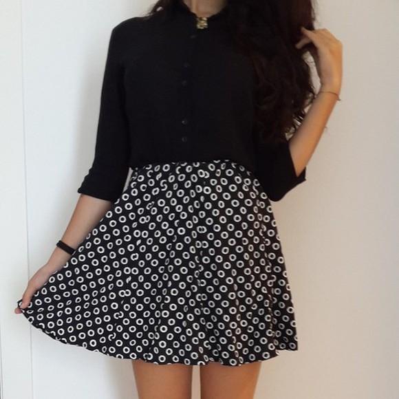 white skirt black and white black skirt black and white dress vintage iloveit necklace photooftheday barcelona