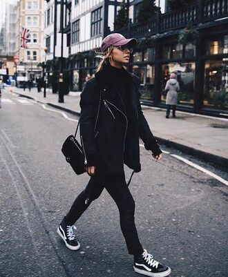 shoes black oversized jacket pink cap black jeans black sneakers vans blogger