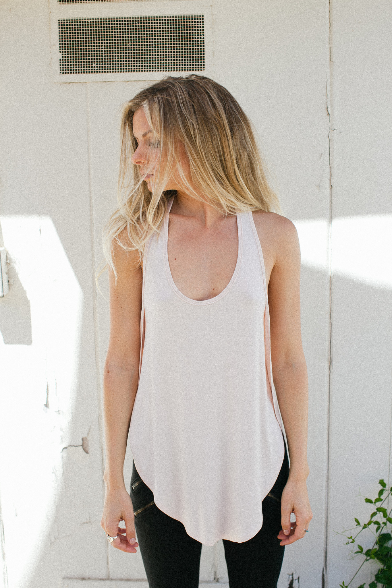 Live In Slouchy Tank – Joah Brown