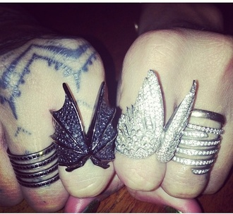 jewels rihanna wings ring