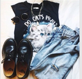 shoes black shoes flats shoes trendy classy coat t-shirt