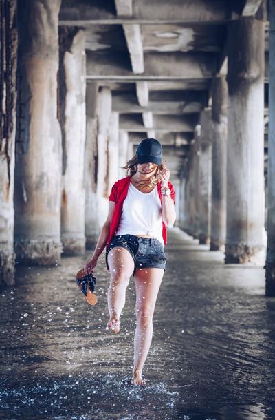thestyledfox blogger sweater shorts t-shirt hat shoes cap cardigan denim shorts slide shoes