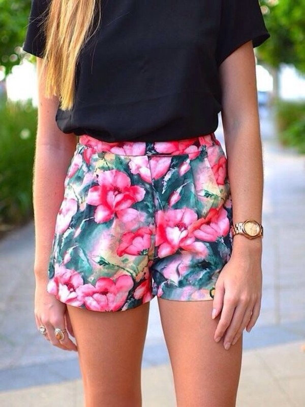 shorts colorful t-shirt flower shorts flowered shorts