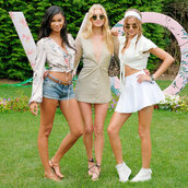 dress,chanel iman,mini skirt,josephine skriver,model,white skirt,summer dress,summer outfits,top,elsa hosk,plunge dress,crop tops,denim shorts