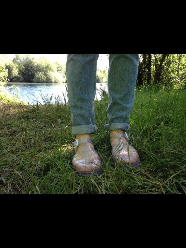 shoes glitter jellies boyfriend jeans