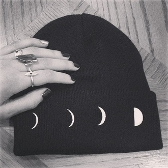 hat moon beanie black