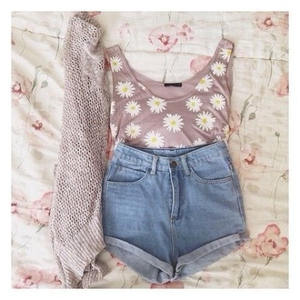 t-shirt daisy jacket shirt tank top shorts jeans daisieees cute daisy top flowers floral white yellow pink brown summer spring