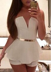 romper,white,white and gold,jumpsuit,kim,summer,fabolous,hot,style,fashion,dress,shirt,black dress,cute,white romper,summer romper,cute outfits,summer outfits,summer accessories,v neck,plunge v neck,plunge neckline,off the shoulder,sleeveless,accessories,Accessory,belt,waist belt,gold,pretty,girl,beautiful,nails,peplum,trendy,outfit,date outfit,long hair,white with gold belt romper