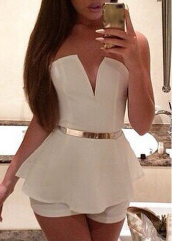 romper white white and gold jumpsuit kim summer fabolous hot style fashion dress shirt black dress cute white romper summer romper cute outfits summer outfits summer accessories v neck plunge v neck plunge neckline off the shoulder sleeveless accessories Accessory belt waist belt belt gold pretty girl beautiful nails peplum trendy outfit date outfit long hair white with gold belt romper