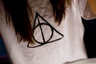 horcrux potter harry top t-shirt voldemort harrypotter ring harrypottershirts harry potter harry potter tank top harry potter always sweatshirt horcruxes harry potter and the deathly hallows deathly hallows print deathly hallows symbol gryffindor shooter t-shirt: odi et amo shirt