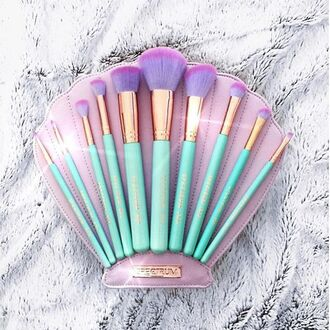 make-up mermaid cute kawaii pastel makeup brushes makeup bag gift ideas aqua shell beauty organizer face makeup