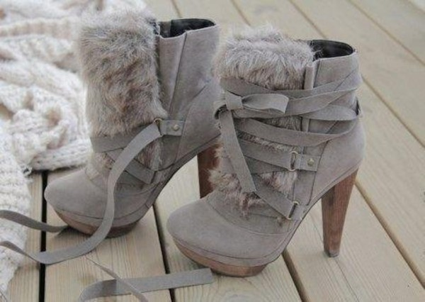 shoes boots undefined medium heels fur platform shoes fall outfits grey