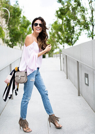 hello fashion blogger top shoes scarf