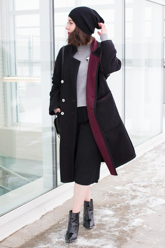 adventures in fashion blogger coat sweater bag shoes hat patent boots boots black boots beanie black beanie black coat culottes black culottes cropped pants black pants grey sweater