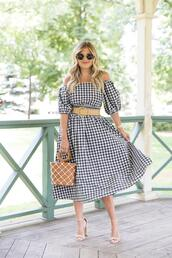 suburban faux-pas,blogger,sunglasses,dress,belt,bag,shoes,jewels,sandals,midi dress,gingham dresses,summer outfits