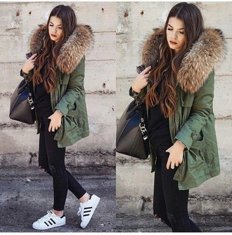 jacket winter outfits winter coat winter swag green army green jacket olive green green jacket winter jacket tumblr tumblr outfit tumblr girl swag furry coat fluffy cute warm casual po army green camouflage let's talk about fashion !