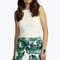 Daisy bold leaf print shorts