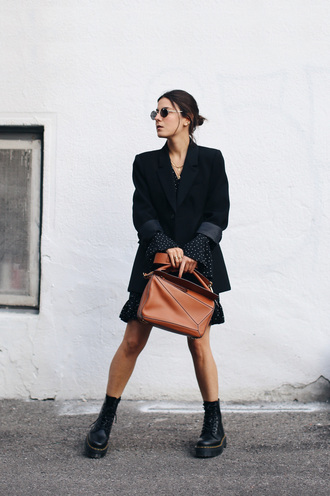 dress tumblr mini dress polka dots blazer black blazer boots black boots bag brown bag sunglasses