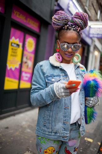 make-up hair hairstyles fashion week 2016 london fashion week 2016 jacket denim jacket colorful streetstyle sunglasses blouse