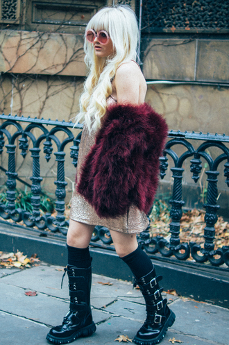 i hate blonde blogger faux fur burgundy glitter dress black boots gothic lolita dress shoes