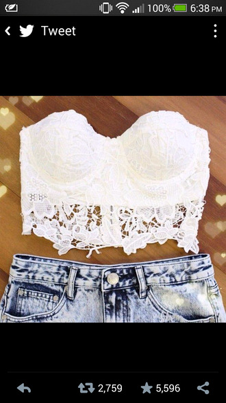 shirt shorts pants tank top white lace lace bustier summer summer outfits bustier bandeau swimsuit crop tops lace crop top bandeau crochet crop top white crop tops high waisted shorts whitelace blouse flower pattern white bandeau flowers cute top t-shirt small