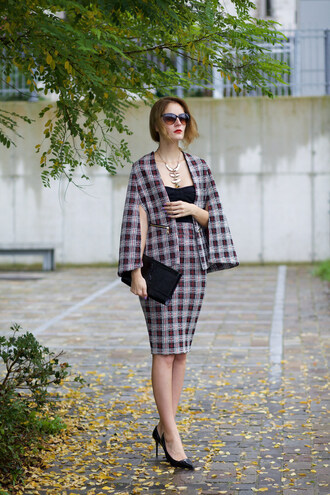 from brussels with love blogger skirt shoes bag