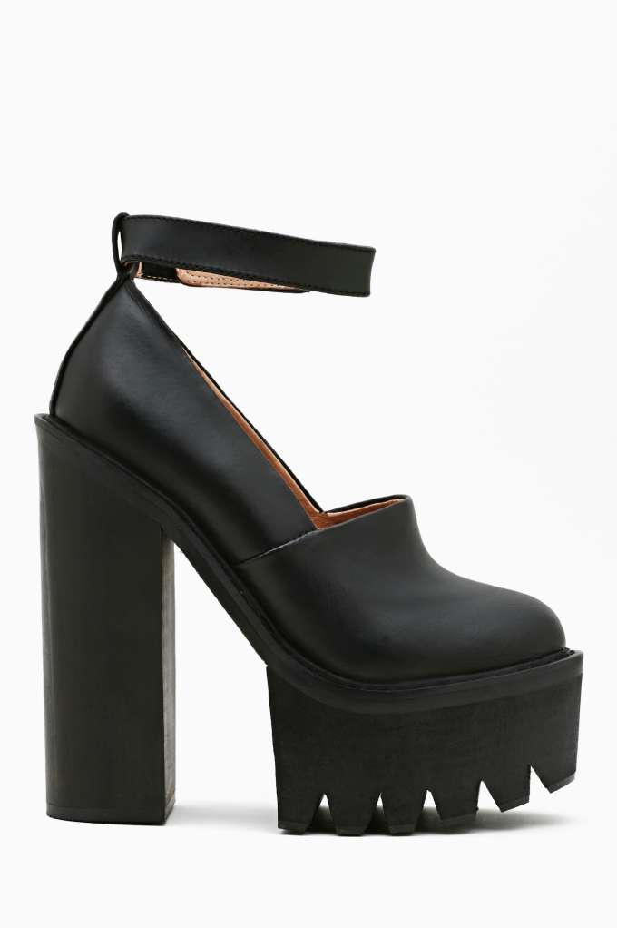 Jeffrey campbell scully platform at nasty gal