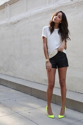 shoes,neon,yellow,heels,shorts,leather shorts,black shorts,t-shirt,white t-shirt,summer outfits,pointed toe pumps,pumps,ashley madekwe,celebrity style,celebrity
