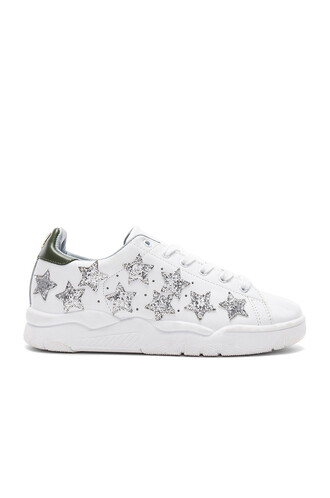 stars white shoes