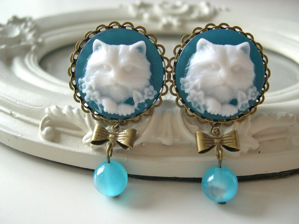 Cat cameo dangle plugs 14mm 9/16