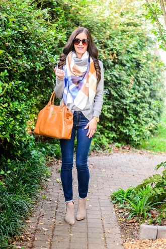 book of leisure blogger shoes scarf sweater bag