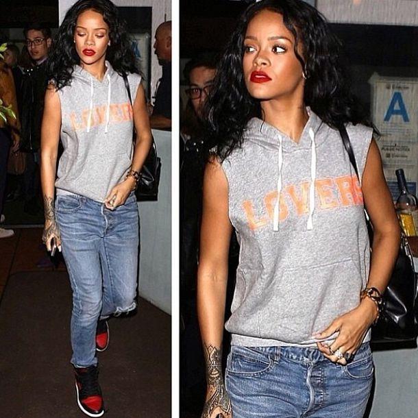 Jeans rihanna outfit rihannajeans baggy boyfriend jeans shirt - Wheretoget