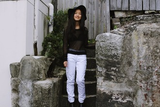 shanni side up blogger hat white jeans mesh