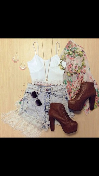 hippie coachella High waisted shorts crop tops komono crotchet white tank top crop shorts jewels sunglasses