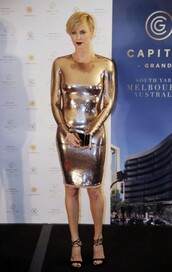 dress,sandals,charlize theron,metallic,metallic dress,bodycon dress,sexy,gold,gold dress,gold sequins,sequin dress,tight,silver