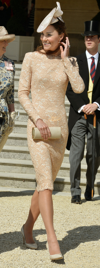 dress kate middleton princess hat alexander mcqueen