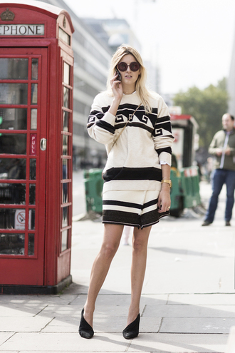 camille over the rainbow blogger sunglasses black and white jumper sweater skirt shoes jewels