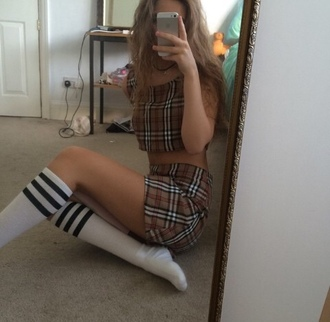 top crop crop tops vintage burberry style fahsion clueless skirt pattern plaid beige teenagers tumblr cool shirt