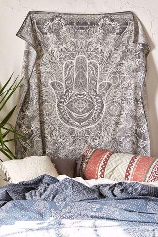Popular Wall Tapestries : Holiday Gift Guide to Tapestries You'll Love