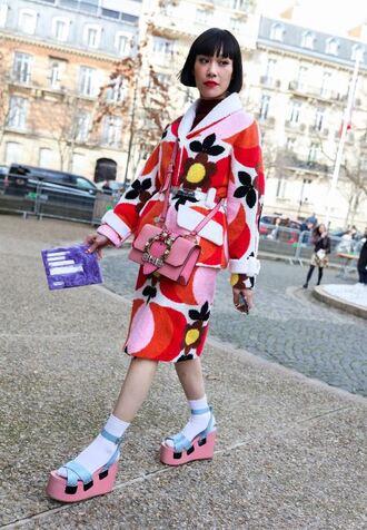 skirt jacket streetstyle paris fashion week 2017 fashion week 2017 colorful